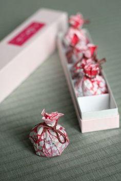 Japanese wrapping. Omiyage. #gift