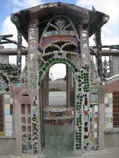Watts Towers Watts Towers, Visionary Art, Outsider Art, Fantasy World, Installation Art, Art History, Buildings, Tile, Photographs
