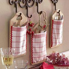 Porta cubiertos hecho a mano con paños de cocina | Decoratrix | Decoración, diseño e interiorismo