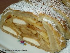 Puff pastry apple strudel with biscuits NejRecept. Apple Strudel, Apple Pie, Sweet Recipes, Biscuits, Ethnic Recipes, Russian Recipes, Breads, Polish, Cakes