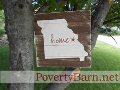 $21 New pallet wood sign available in the Poverty Barn Etsy shop.  All fifty states and lots of great background colors available!