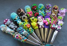 Výsledek obrázku pro výrobky s návodem Polymer Clay Pens, Polymer Clay Animals, Polymer Clay Flowers, Polymer Clay Jewelry, Polymer Project, Polymer Clay Projects, Clay Crafts, Biscuit, Clay Mugs