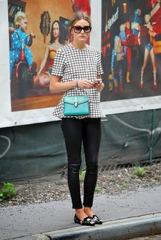 Absolutely Stunning Olivia Palermo in New York.the Fashion Spot - View Single Post - Olivia Palermoblack and white check top with black leather leggings and flats.Low messy bun or pony, black and white striped shortsleeve, cropped leggings, black fla Olivia Palermo Outfit, Estilo Olivia Palermo, Olivia Palermo Lookbook, Olivia Palermo Style, Fashion Mode, Work Fashion, Trendy Fashion, Winter Fashion, Trendy Style