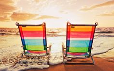 Time to sit down, relax and enjoy the sea, Colorful Lounge Chairs Wallpaper