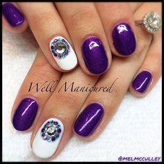 Rhinestones just make a girl feel gooooood!  #wellmanicured #nails #nailbling #manhattanbeach #manicureaddict #manicure #intheheartofthesouthbay #naildesign #jewels #rhinestones #purple #la #nailartist ##beauty #gel #gelnail #moodgel #lechat #Padgram