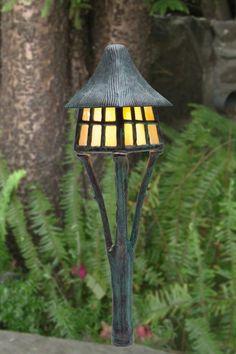 Cotswold Cottage | Stone Manor Lighting trés cute, tré expensive