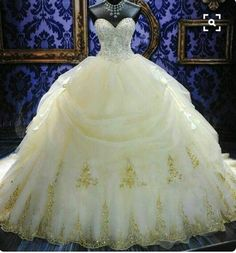 Okay this is my ultimate dream wedding dress! Would you not get this!!