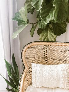 Bambus- und Rattan-Möbel - ein kleiner Shoppingguide - heylilahey. Nachhaltiges Design, Design Trends, Interior Design, Simple Interior, Rattan, Wicker, Look Boho, Bohemian Style, Hippie Bohemian