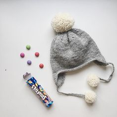 sweetest beanie!!!  And... how much #smarties can you eat????     il cappello più dolce della storia!!  e.. quanti smarties riuscite a mangiare???  #instadaily #ponponhat #knittedhat