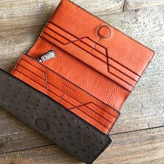 #METTIQUE #handstitch #leatheronly #METTIQUE TL-L3 wallet in Tapestry grey #SouthAfrican #ostrich with kroket #Italian #cowhide lining, #handstitched with bees waxed thread. WWW.METTIQUE.COM