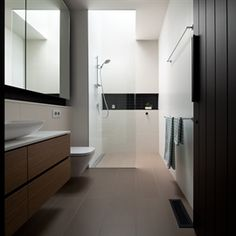A Typical English Cottage Style House is Transformed Into Modern Home English Cottage Style, Cottage Style Homes, Victorian Terrace, Victorian Homes, Contemporary Bathrooms, Modern Bathroom, Master Bathrooms, Bathroom Ideas, Bathroom Niche