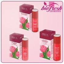 Bulgarian rose oil is the most precious, expensive and difficultly derived essential oil in nature. Rose Oil, Love Symbols, Anti Wrinkle, Essential Oils, Fragrance, Cosmetics, Bulgarian, Nature, Naturaleza