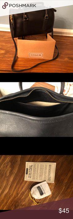 Black Coach purse One zippered pocket inside Coach Bags Shoulder Bags