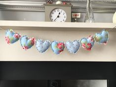 Excited to share this item from my shop: Heart garland / bunting shabby chic, hand sewn - blue Diy Christmas Bunting, Christmas Diy, Sewing Projects For Kids, Sewing For Kids, Fabric Hearts, Heart Garland, Hand Sewn, Gift Tags, Shabby Chic