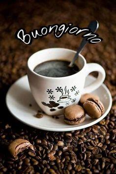Saraseragmail.com... Il mio Buongiorno.. Iniziamo con la delicatezza di un pensiero sincero e il caffè. Buona giornata a tutti!