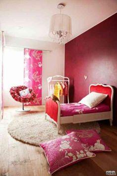 chambre moderne en rouge et rose