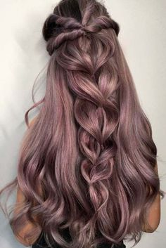 Expert Hair Care Tips For Any Age. Your hair might be your worst enemy, but it does not have to be! You can reclaim your hair with a little research and effort. First, identify your hair typ Pretty Hairstyles, Hairstyle Ideas, Wedding Hairstyles, Modern Hairstyles, Updo Hairstyle, Easy Hairstyles, Wedding Updo, Christmas Hairstyles, Classic Hairstyles