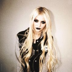 O estilo da Taylor Momsen. - The Alternativos
