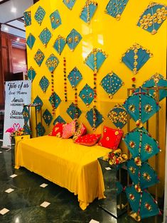 new Ideas wedding decorations stage mehendi Desi Wedding Decor, Marriage Decoration, Wedding Stage Decorations, Engagement Decorations, Wedding Mandap, Backdrop Decorations, Diwali Decorations, Backdrops, Wedding Ideas