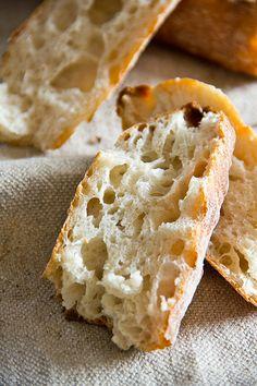 Dinkelbaguettes - Plötzblog - Selbst gutes Brot backen Sweet Potato Breakfast, Breakfast Bowls, Bread Rolls, Bread Baking, Bread Recipes, Nom Nom, Bakery, Food And Drink, Cooking