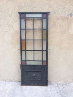 Discover recipes, home ideas, style inspiration and other ideas to try. Gate Design, Door Design, House Awnings, Barbacoa, Candle Sconces, Ideas Para, Ladder Decor, Stained Glass, Bookcase