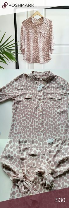"""LOFT Mauve Spot Printed Silky Blouse Ann Taylor LOFT Mauve color spot printed blouse *Size Small - Underarm to underarm : 19"""" flat / Length : 26""""  *100% polyester / Machine Wash  *Two functional front chest pockets *Sleeves can be rolled up or down *New with tags  *No trade LOFT Tops Blouses"""