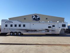 #BLMR5H20OTLWSLD/BUNK - 2015 Bloomer 5 Horse 20' Outlaw LQ w/Slide-Out & Bunk Beds for sale in Salado TX