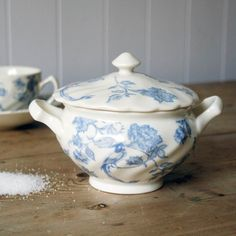Floral & Bird Sugar Bowl from Graham and Green