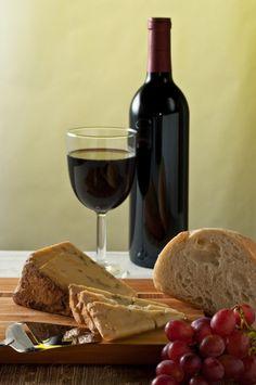 Pan y vino Milano Giorno e Notte - We <3 You! http://www.milanogiornoenotte.com
