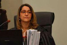 Pequenas Igrejas & Grandes Negócios: Recado aos pobres de direita - Texto exemplar da Juíza Federal Raquel Domingues do Amaral