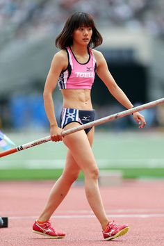 [美女アスリート]棒高跳び界の美女発見 今野美穂画像まとめ - NAVER まとめ Pole Vault, Long Jump, Pose Reference Photo, Beautiful Athletes, Athletic Girls, Dynamic Poses, Sporty Girls, Body Motivation, Female Poses