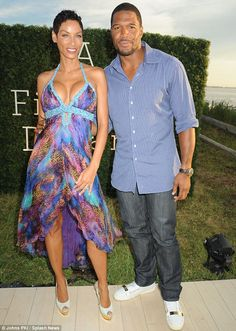 Nicole Murphy and Michael Strahan in the Hamptons Bel Air, Black Celebrities, Celebs, Nicole Murphy, Ebony Love, Michael Strahan, Black Goddess, Fab Life, Pink Gowns