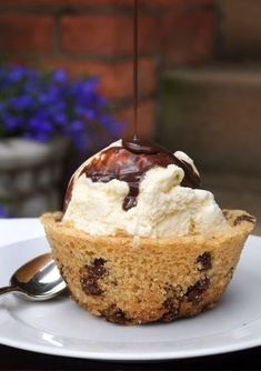 chocolate chip cookie bowl + ice cream
