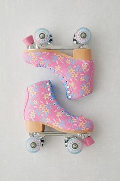 Retro Roller Skates, Roller Skate Shoes, Quad Roller Skates, Roller Rink, Roller Disco, Roller Skating, Roller Skates For Sale, Roller Derby Clothes, Outdoor Roller Skates