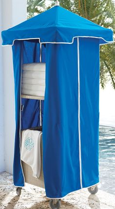 Woven Wicker Towel Valet Splash Pool Towel Storage