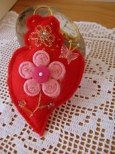 Inspired by Portuguese embroidery traditional design. (Viana's heart)