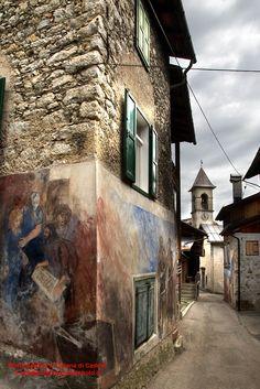"Photowalking tour dolomiti: Cibiana di Cadore - Veneto - Italy. The country of the ""Murales"""