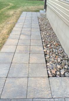 Bordures et trottoirs - Pavé Expert Patrick Marchand Backyard Patio Designs, Backyard Ideas, Front Entrances, Concrete, Sidewalk, Entrance Ideas, Landscape, Outdoor Ideas, Landscaping Ideas