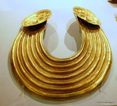 A beautiful Late Bronze Age gold collar from Gleninsheen, Co. Clare, Ireland. It dates from circa 800-700 BC
