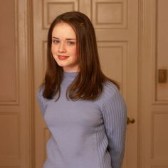 "The Awkward Hair Clip | Community Post: The Definitive Ranking Of Rory's Hairstyles On ""Gilmore Girls"""