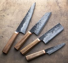 A Rechargeable Electric Knife Makes Carving Easy – Metal Welding Collector Knives, Japanese Kitchen Knives, Japanese Cooking Knives, Trench Knife, Electric Knife, Buck Knives, Forged Knife, Metal Welding, Best Pocket Knife