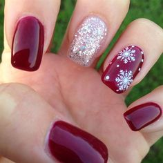 Einfache Weihnachten Nail Art Designs für kurze Nägel – Schneeflocken, You can collect images you discovered organize them, add your own ideas to your collections and share with other people. Manicure Nail Designs, Nail Manicure, Manicures, Nails Design, Nail Polish, Manicure Ideas, Manicure 2017, Mani Pedi, Christmas Nail Art Designs