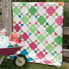 Mill Wheel: FREE Classic Template-Pieced Lap Quilt Pattern