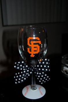 San Fan Giants Wine Glass... I can make these!