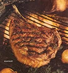 Cote de boeuf (de Charolais) OMFG get IN! lol (am sure this pic is a still from Rick Stein's French Odyssey! Beef Steak, French Food, Fabulous Foods, Steak Recipes, Food For Thought, Soul Food, Cooking Tips, Healthy Snacks, Food And Drink