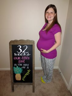 32 Weeks Pregnancy Chalkboard Weekly Pregnancy Chalkboard, Evan Williams, Pregnancy Pics, Baby On The Way, Maternity Pictures, Gender Reveal, Little Girls, T Shirts For Women, Life