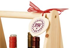 G49 Wine Carrier with a printed bauble tag