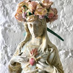 Madonna figure painted white aged patina/ Mary Statue / French Decor / Religous Statue / Home Decor / Religous / figure handmade / vintyge/ Virgin Mary Statue, French Decor, French Vintage, Vintage Style, Figure Painting, Pastel Colors, Madonna, Floral Wreath, Etsy