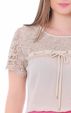 BLUSA 02207 - Clássica Moda Evangélica Blouse Styles, Blouse Designs, Blouse Dress, Stylish Dresses, Lace Tops, Dress Patterns, Designer Dresses, Ideias Fashion, Womens Fashion