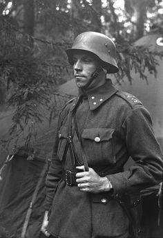 German Soldiers Ww2, German Army, Army History, Luftwaffe, Germany Ww2, Military Photos, Red Army, Korean War, Vietnam War